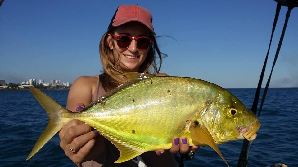 Imagini pentru http://www.darwinharbourfishingcharters.com.au/fishing-pics/